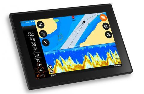 Buster Q and Raymarine Fishfinder