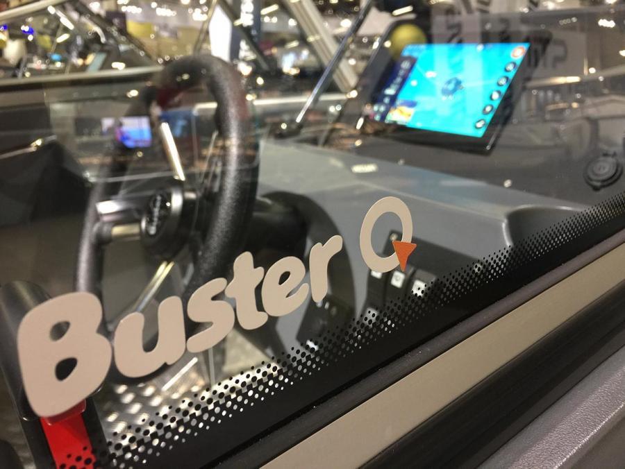 Buster Q sjökort och elektronisk navigering