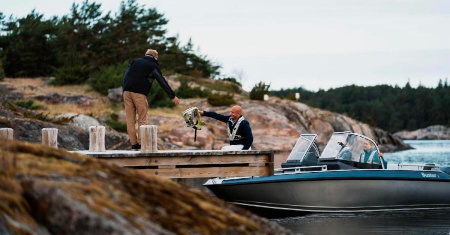 Kampanjpris rymlig aluminiumbåt Buster X