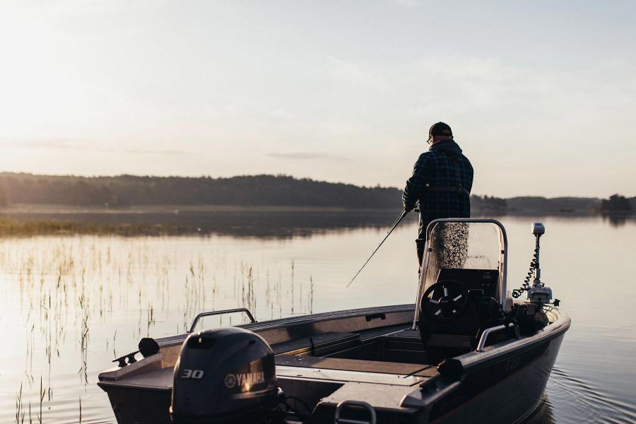 Pirkamaan erämessut kalastusvene
