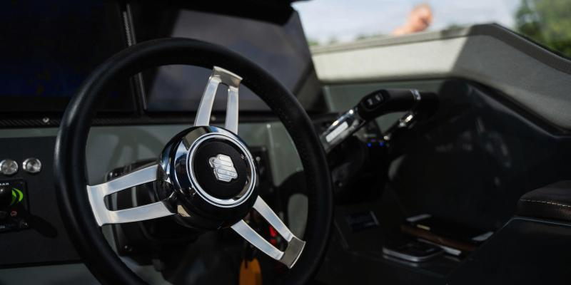 Buster Phantom Cabin - high quality steering wheel
