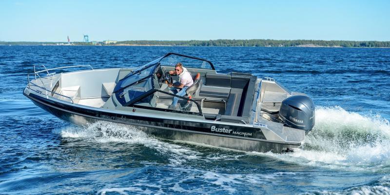 Buster Magnum aluminium powerboat