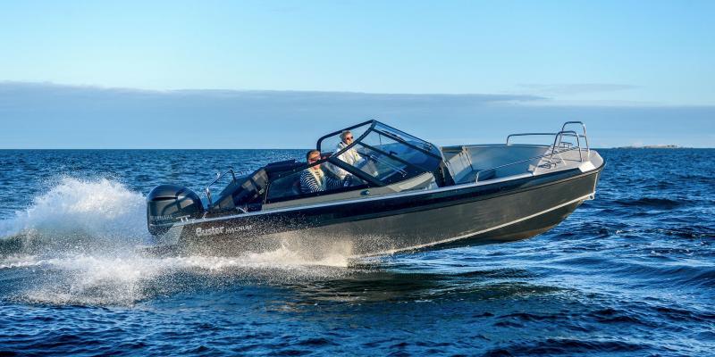 Aluminbåt Buster Magnum hopp