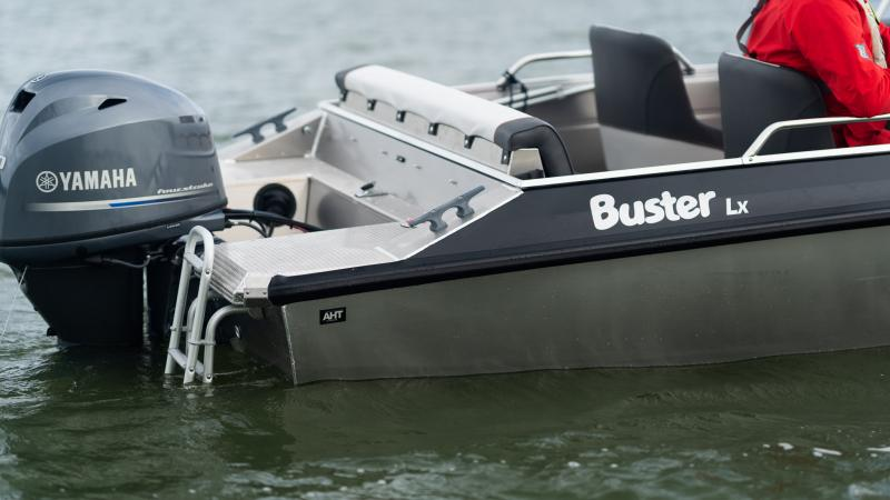 Buster Lx