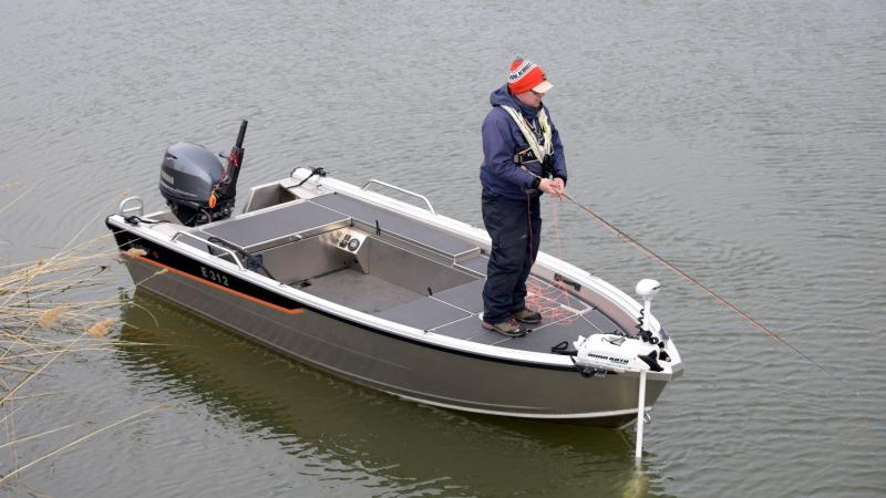 Buster S is suitable for fishing